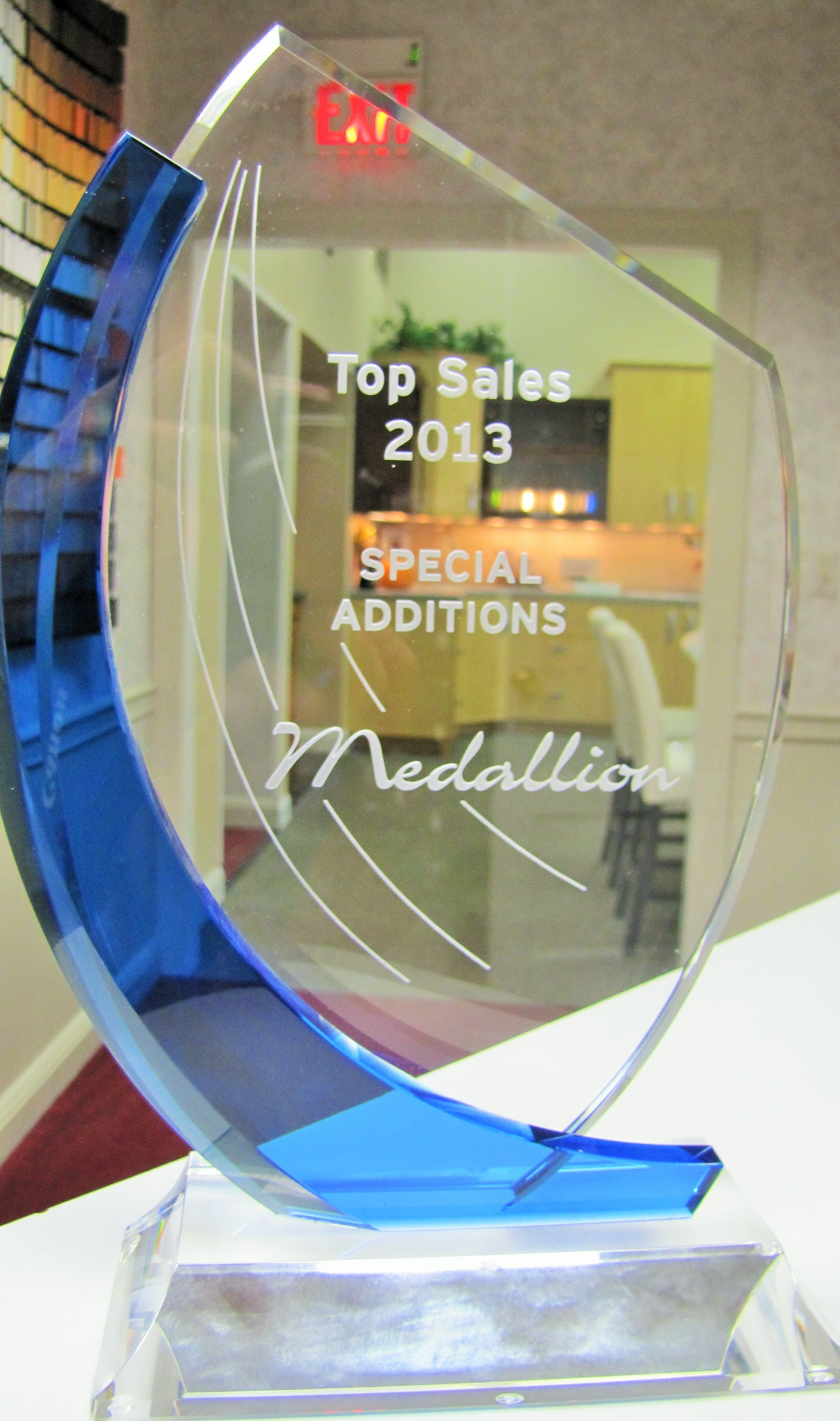 Top sales 2013 award from medallion special additions for Bathroom design awards 2013