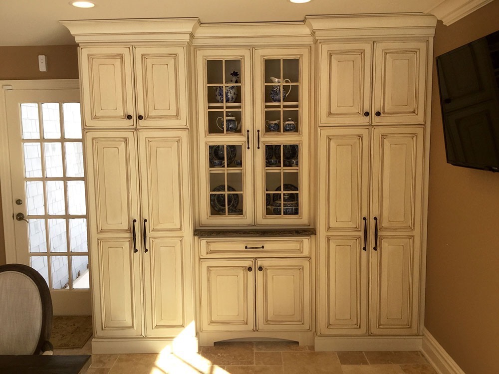 White Modern Cabinets with Glass Doors
