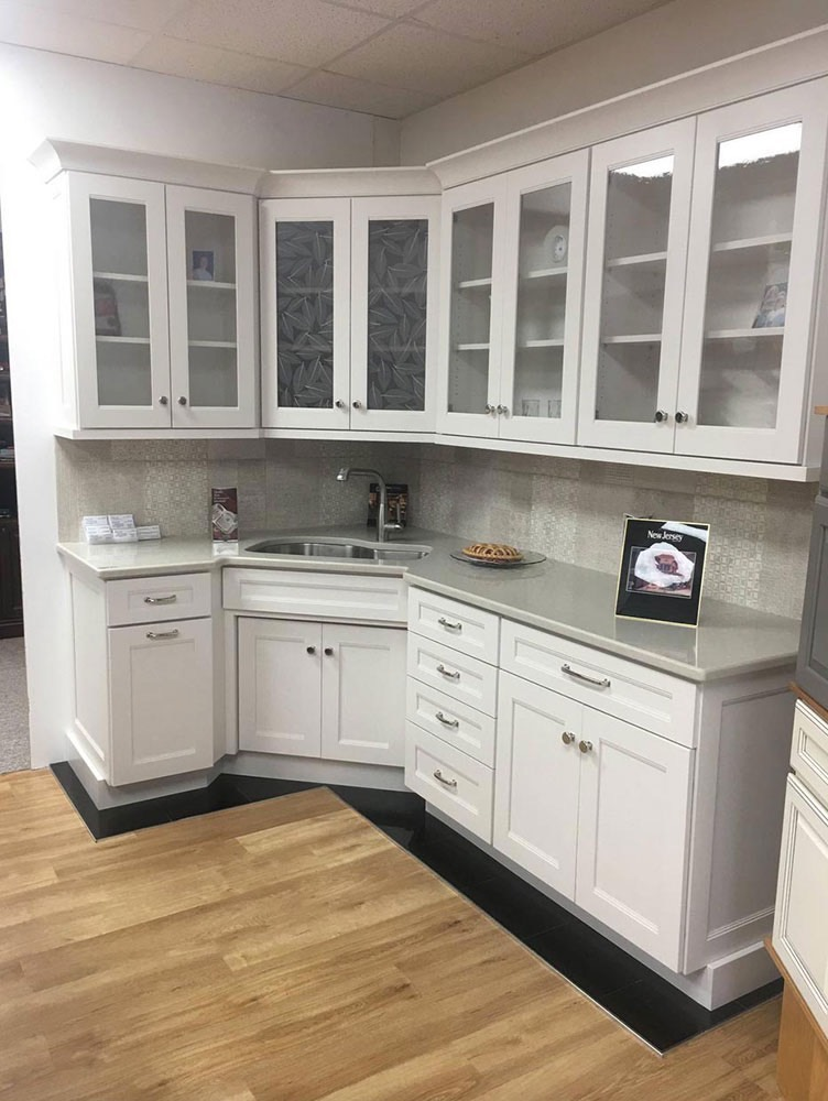Modern Kitchen Top with Sink