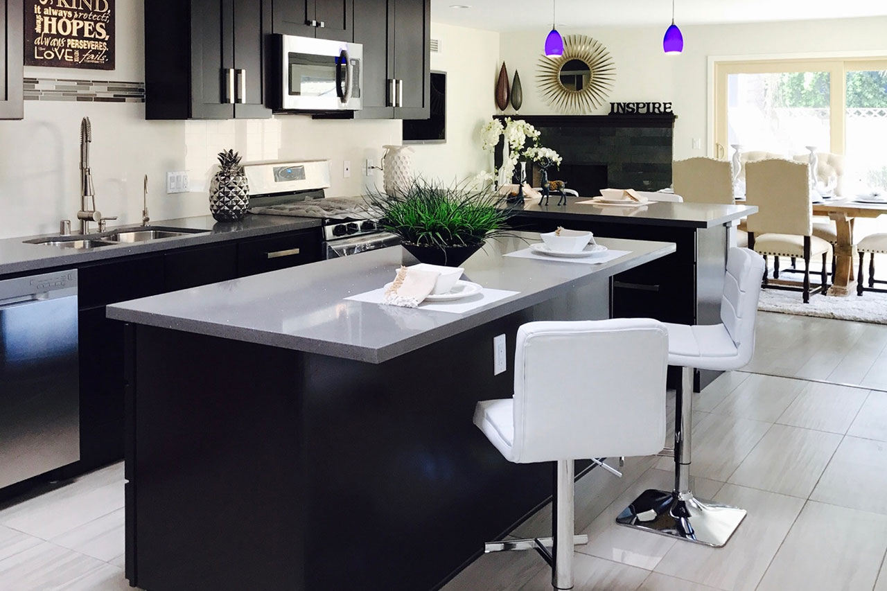 Your New Favorite Oasis: Kitchen Island Seating