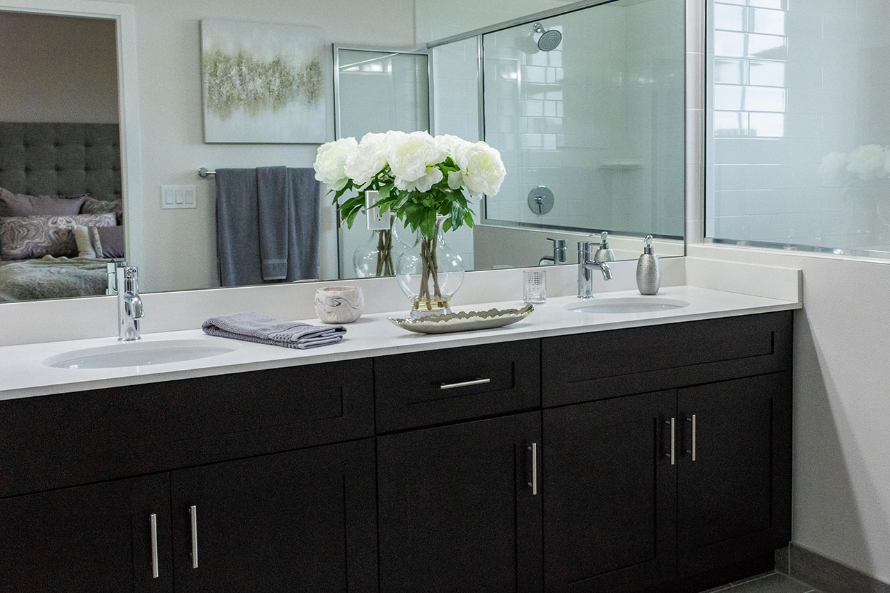 The Benefits of Double Sink Vanities