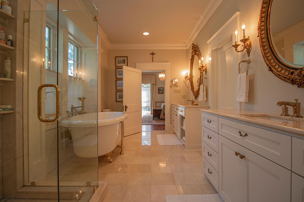 Comparing Master Bathroom Layouts