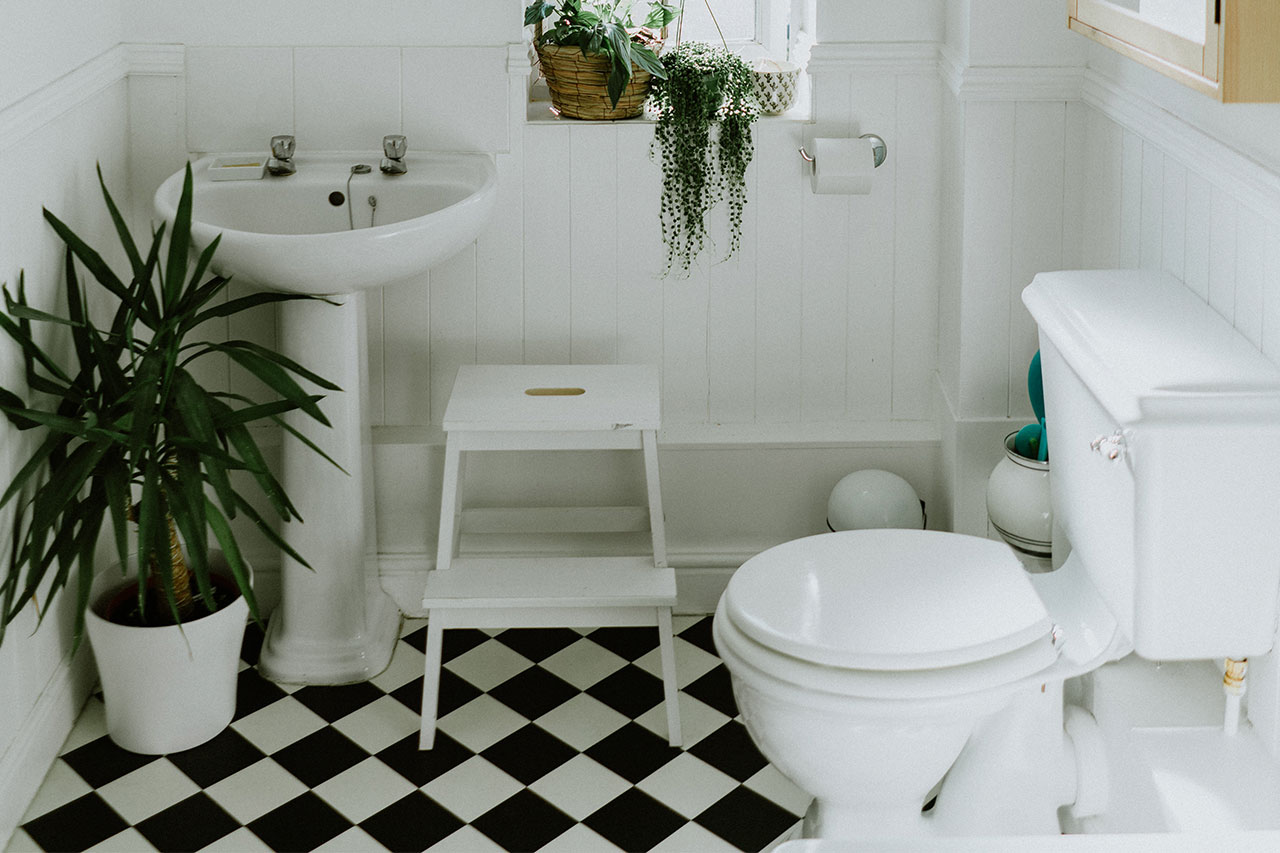 Don't Neglect Your Home's Half Bath Layout Design
