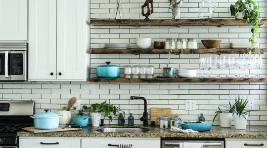 Open Kitchen Shelving Benefits and Styling Tips