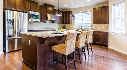 A Guide to Matching Your Cabinets to Your Kitchen Island